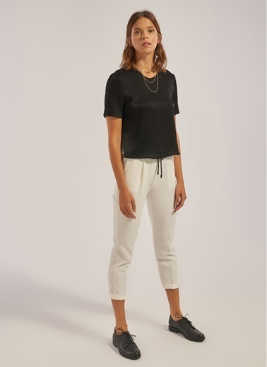 Monamoda Yırtmaç Detaylı Bluz Siyah